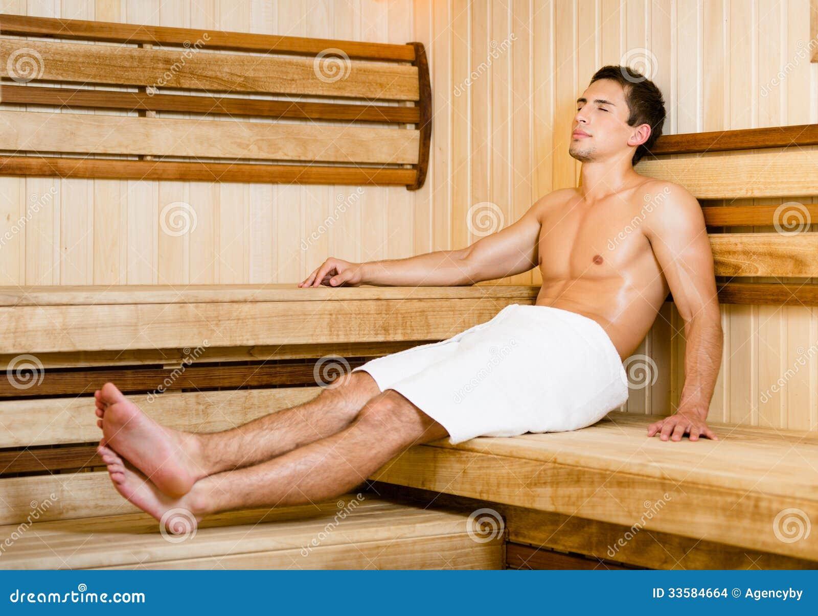 Eitelkeit Sauna Bilder Ideen Von Pattern Halb Nackter Junger Mann, Der In