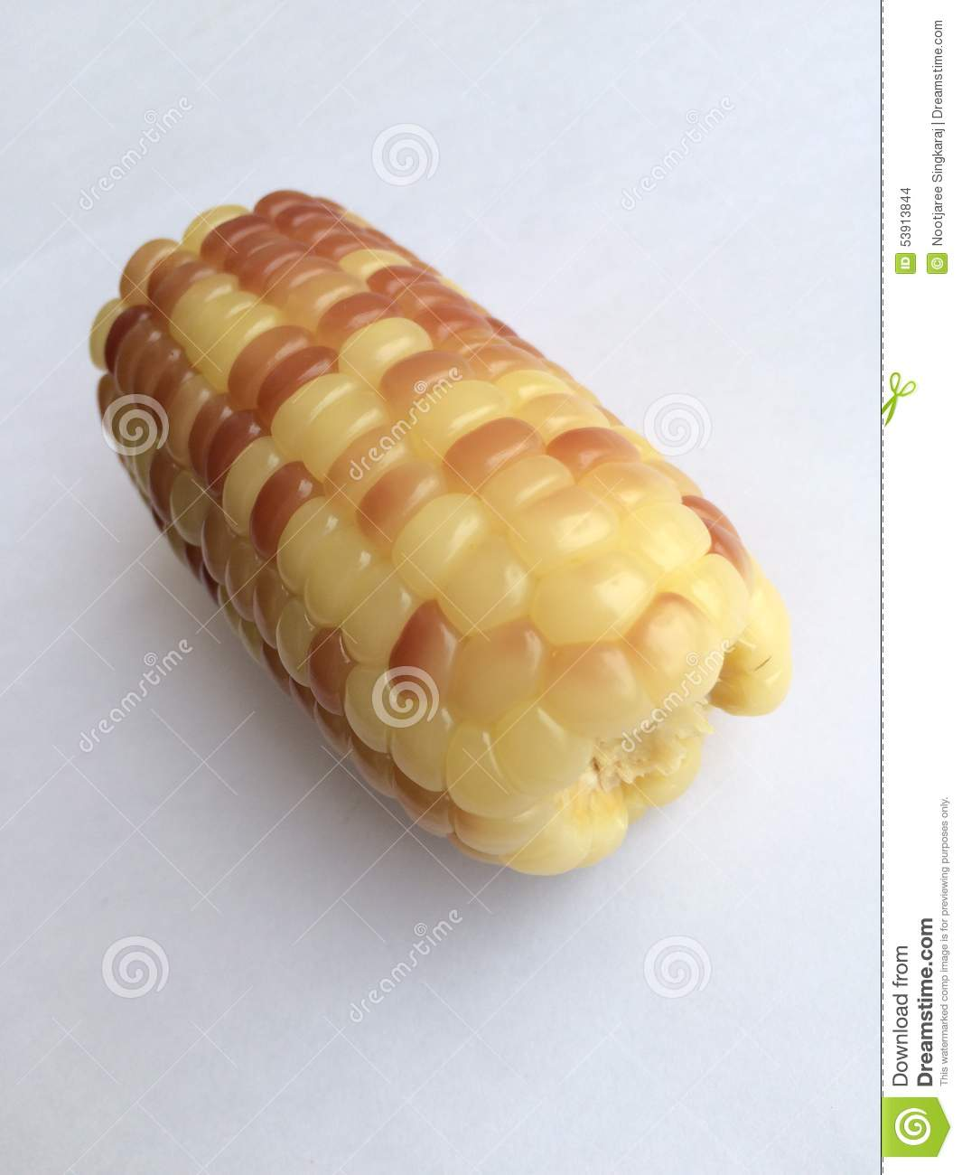 how to cut corn in half