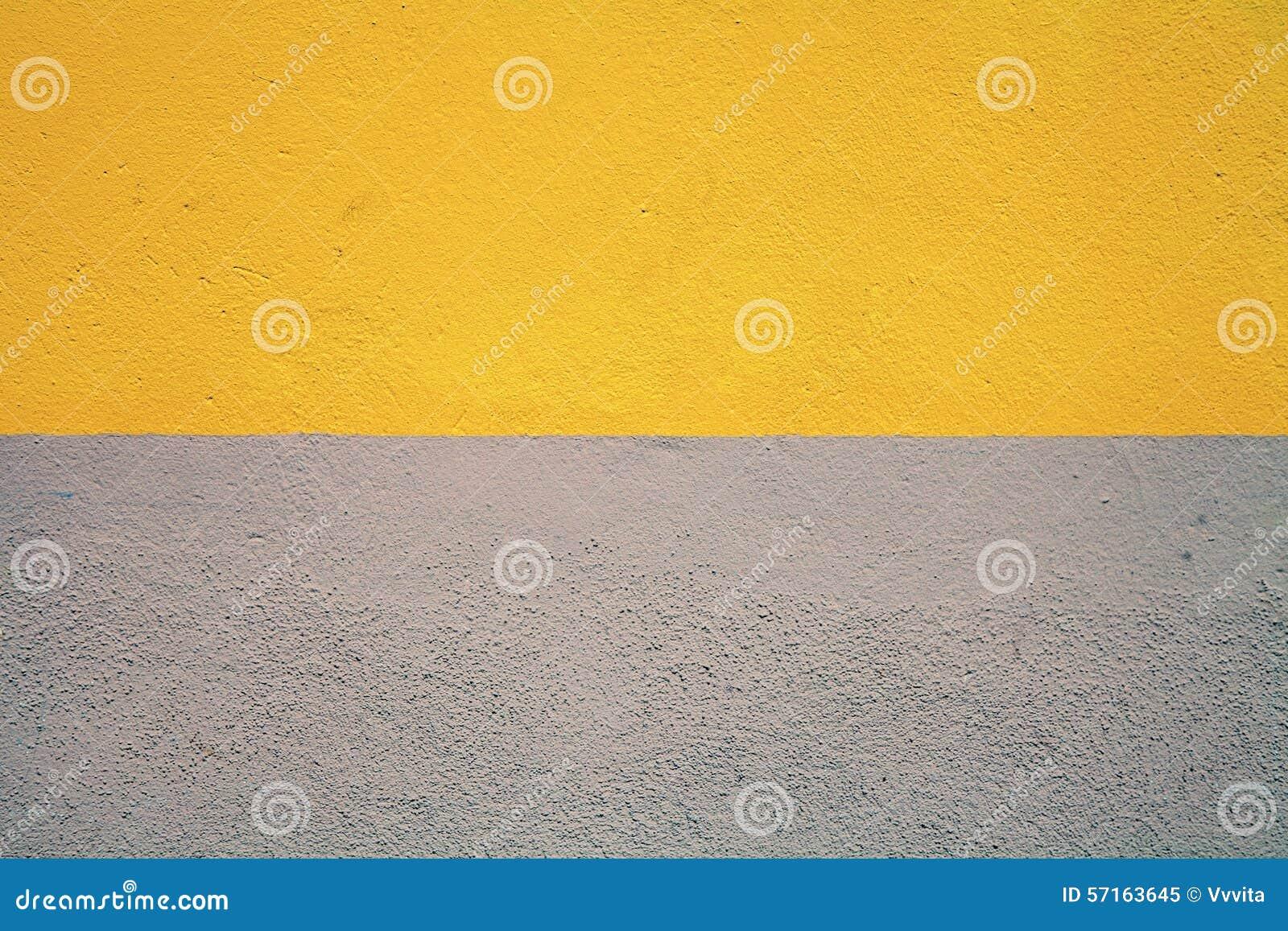 Half Geschilderde Muur : Half geschilderde concrete muur stock afbeelding afbeelding