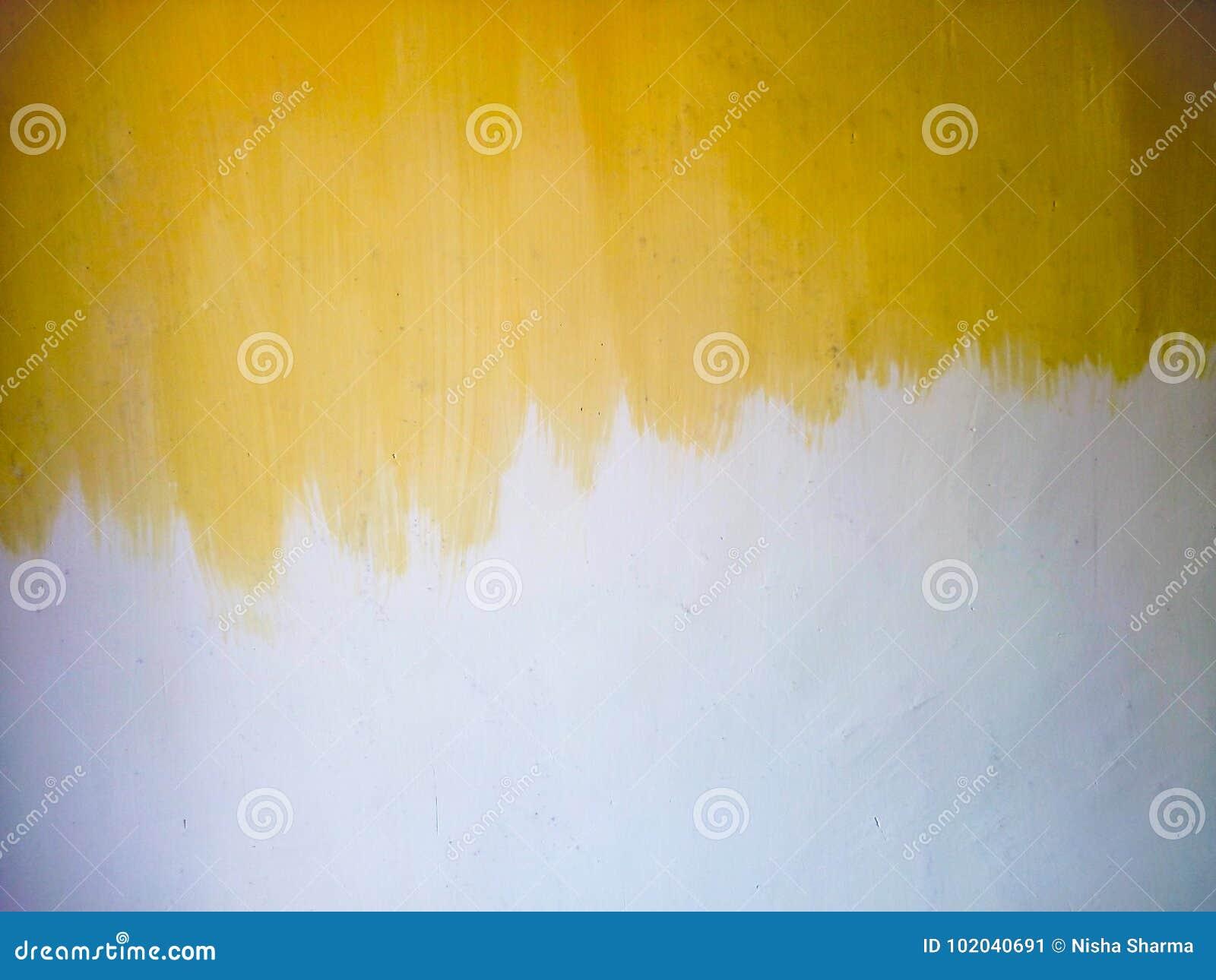 Half Geschilderde Muur : Half geschilderde muur stock afbeelding afbeelding bestaande uit