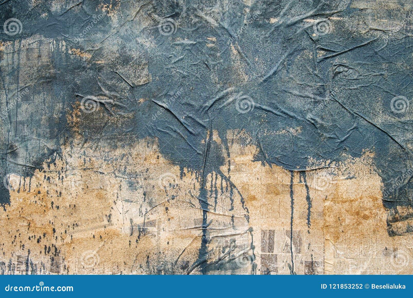 Half Geschilderde Muur : Half geschilderde muur stock foto afbeelding bestaande uit