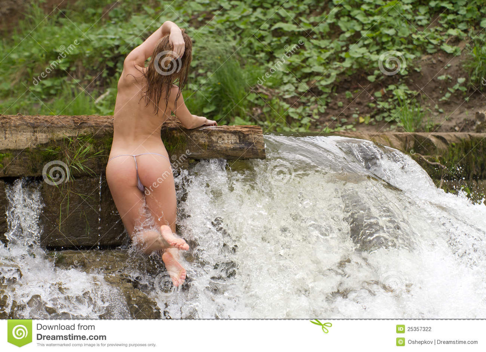 wife flashing big tits