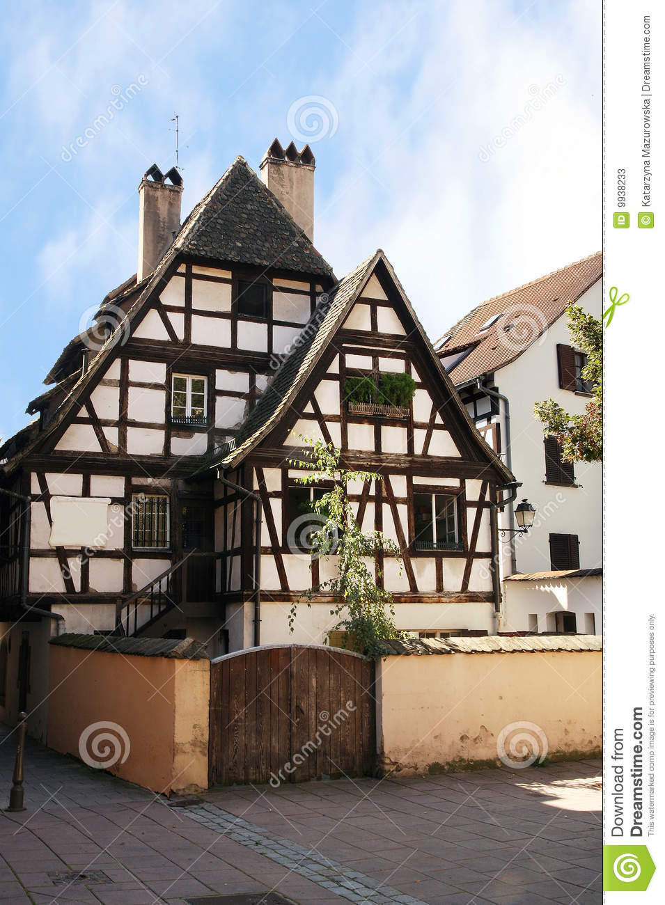 Half timbered house strasbourg alsace france stock for Half timbered house plans