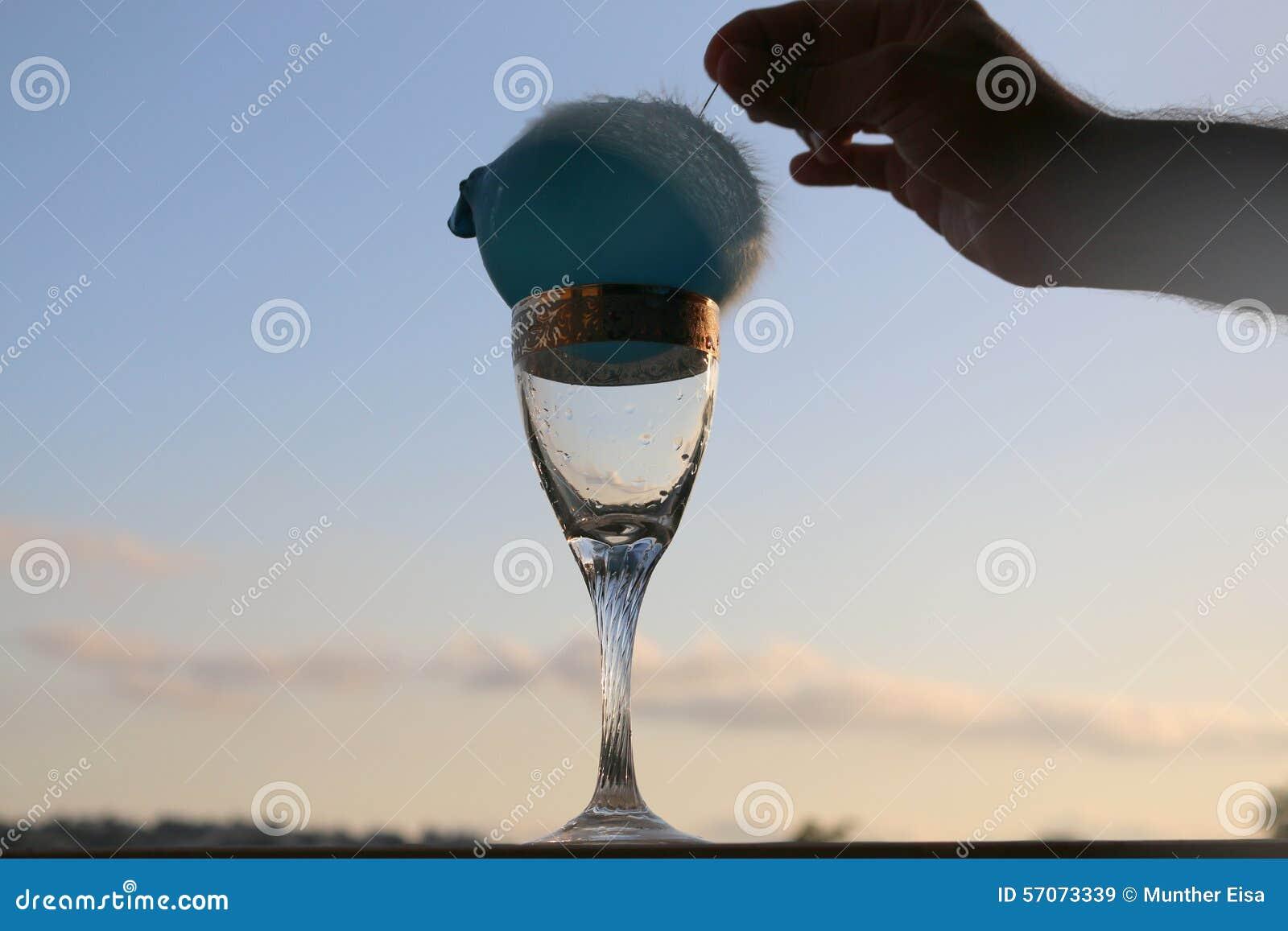 Half Water, Halve Ballon