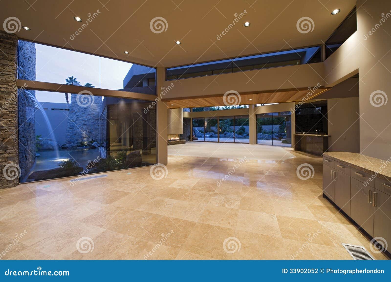 Hall De Maison Moderne Photo stock - Image: 44903267
