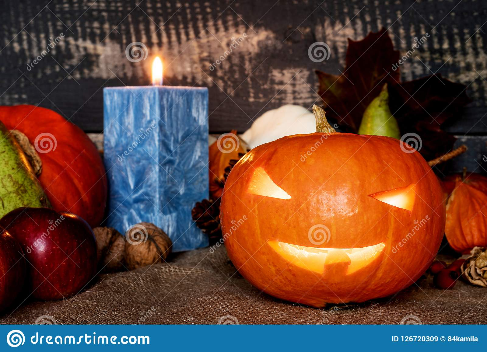 Halloween Изогнутая тыква