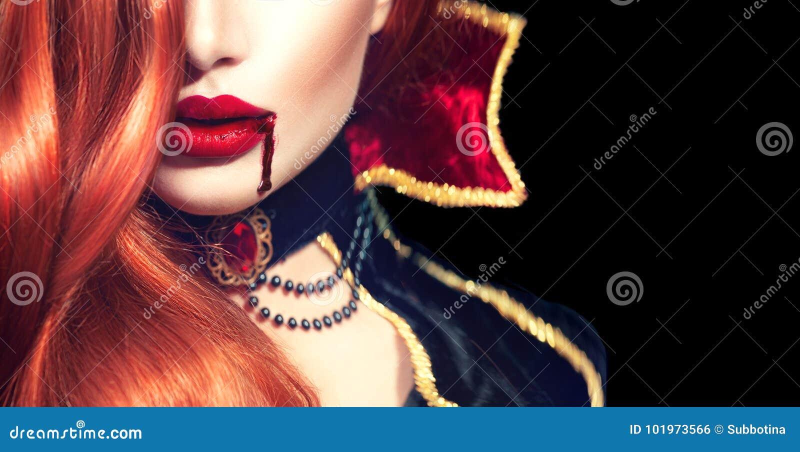 Halloween Сексуальный портрет женщины вампира