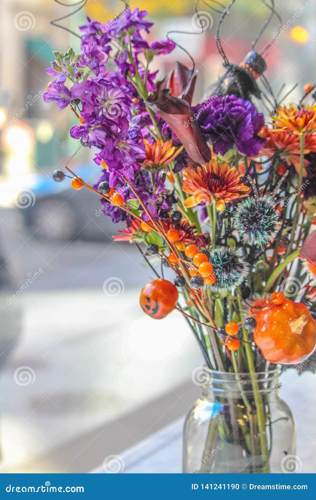 Halloween Bouquet Flowers Festival Pumpkin