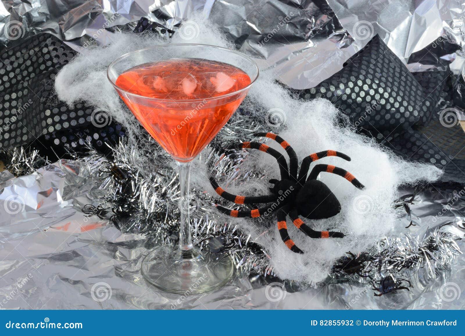 Halloween Ijs.Halloween De Kalksoda Van De Kersencitroen Met Ijs Stock