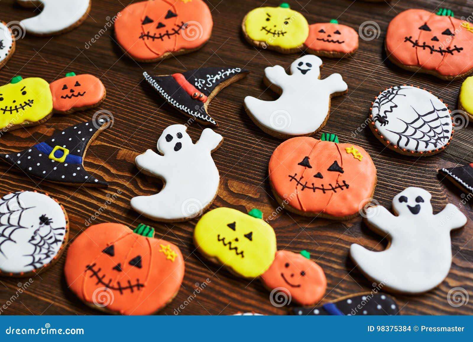 Fondant Halloween Decorations.Halloween Decorations Stock Photo Image Of Snack Occasion 98375384