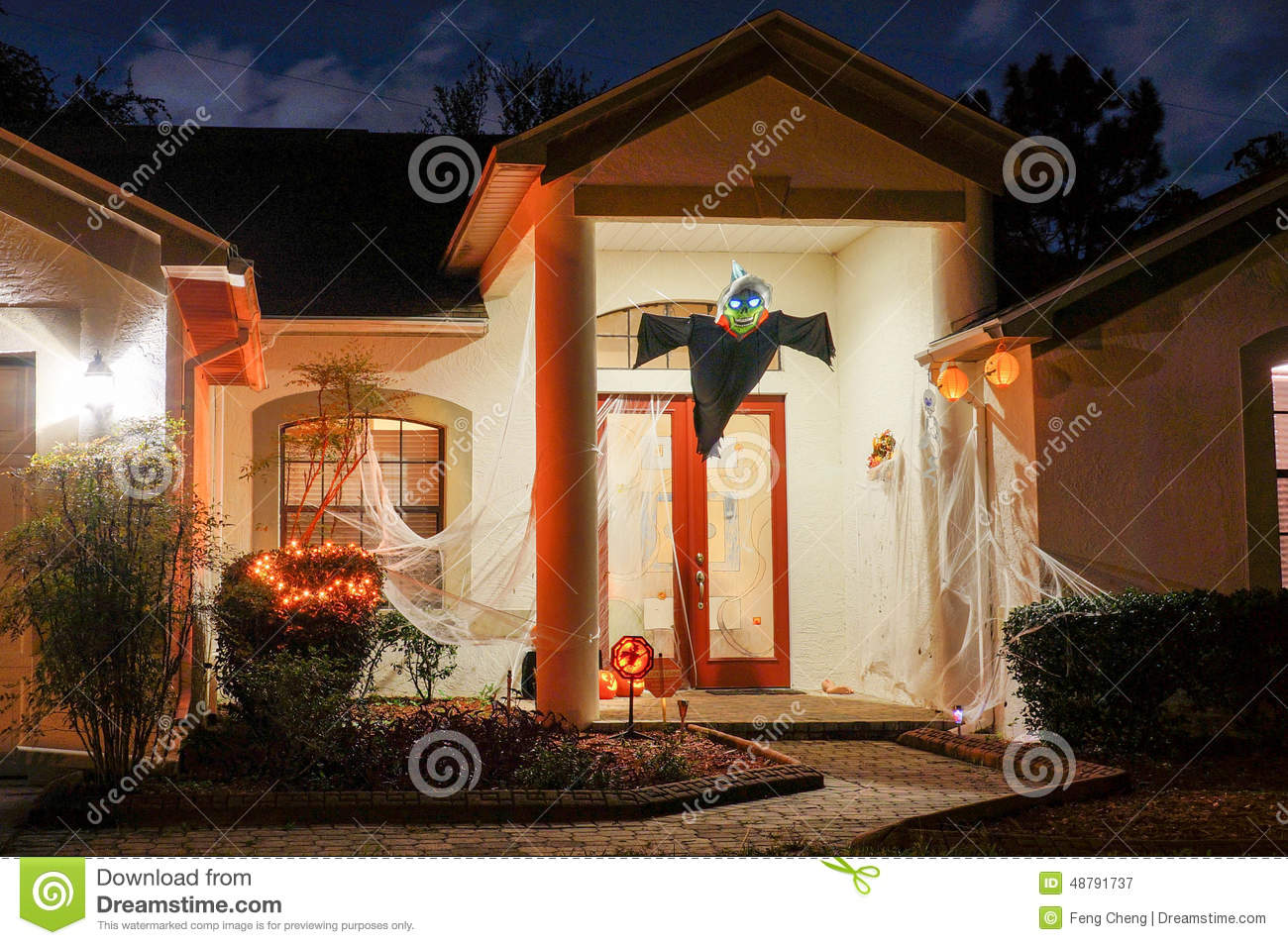 Halloween dekoration in einem haus stockbild bild 48791737 for Dekoration haus