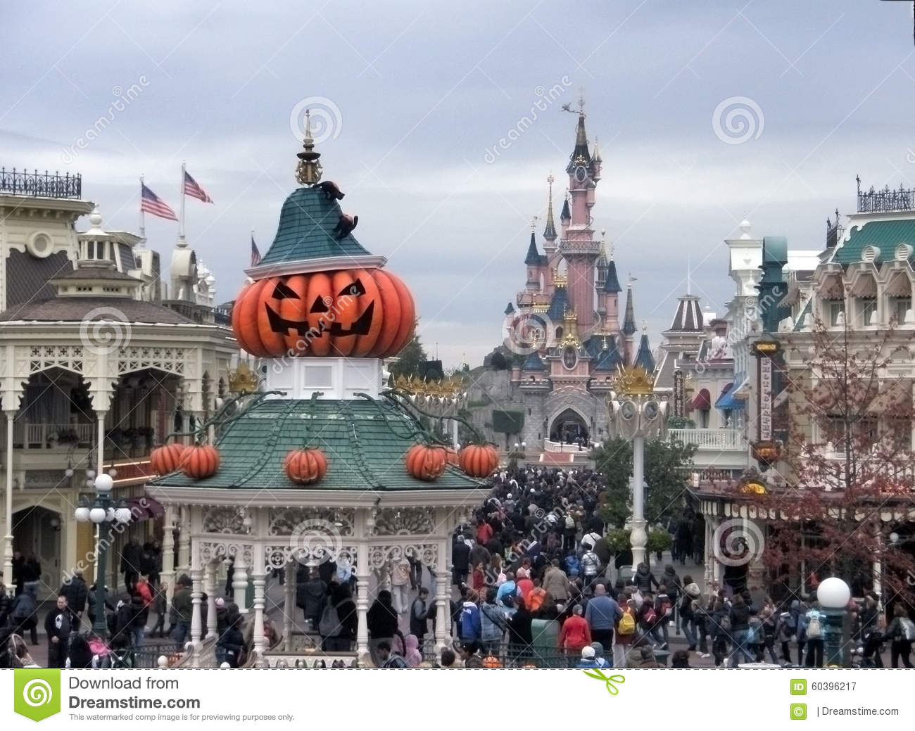 halloween in disneyland paris editorial photography. Black Bedroom Furniture Sets. Home Design Ideas