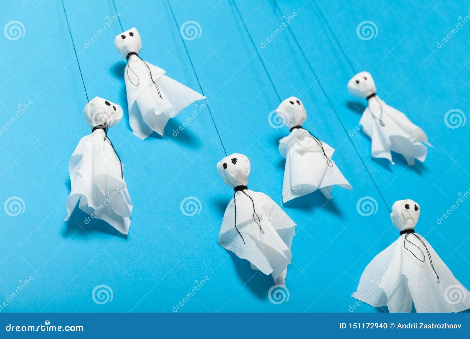 Halloween-document ambacht, enge spoken voor jonge geitjes