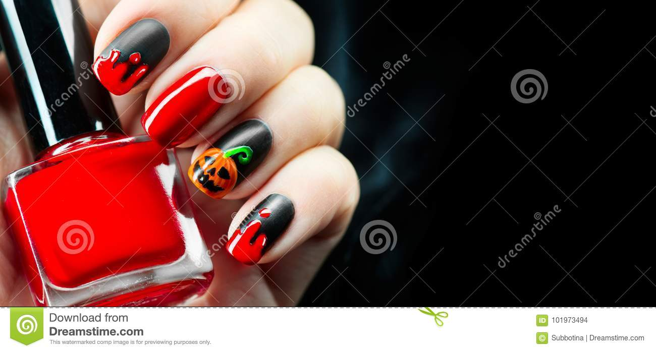 Halloween holiday manicure design ideas