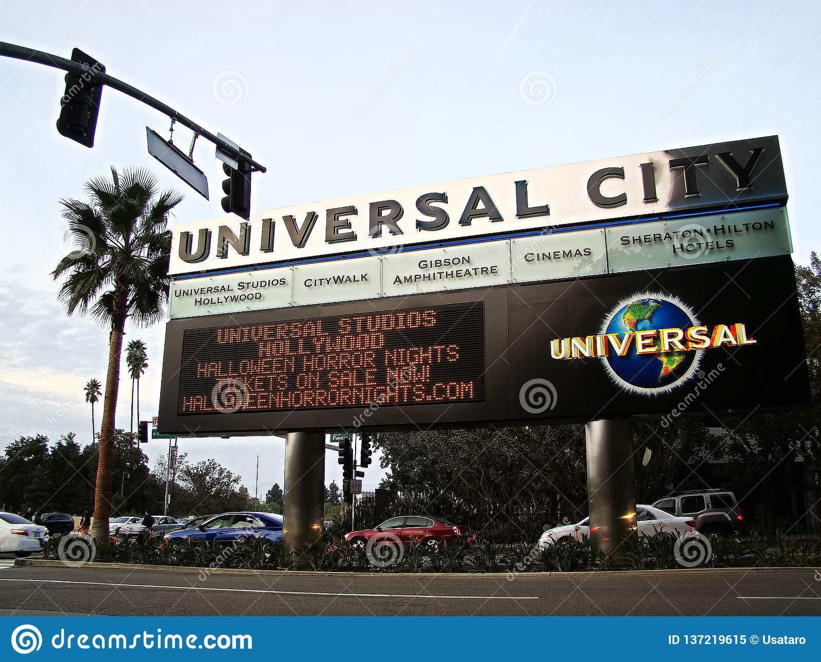 HALLOWEEN HORROR NIGHTS led advertising sign
