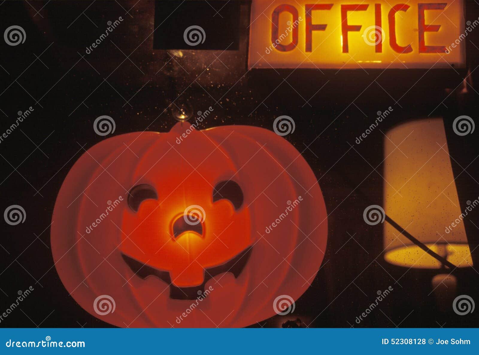 Halloween-Kürbis-Laterne, Amerika Stockfoto - Bild von büro ...