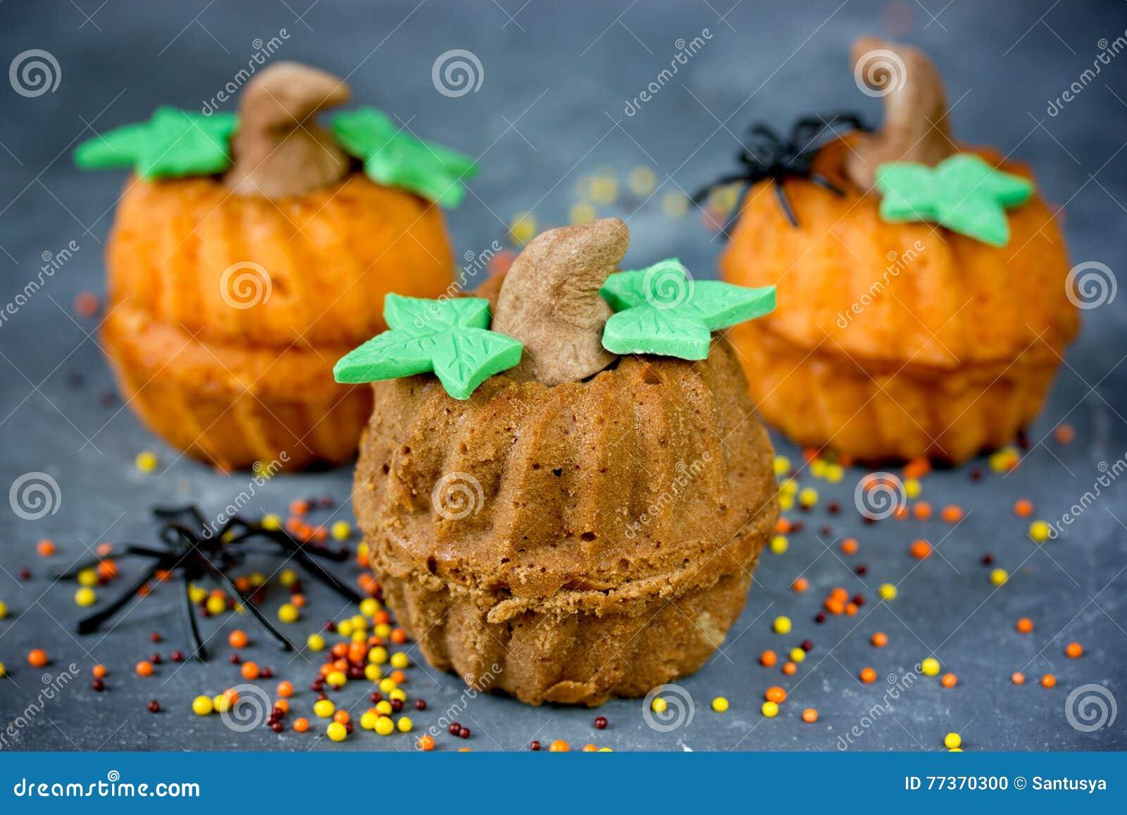 Halloween Kurbiskleine Kuchen Lustig Und Gesunde Susse