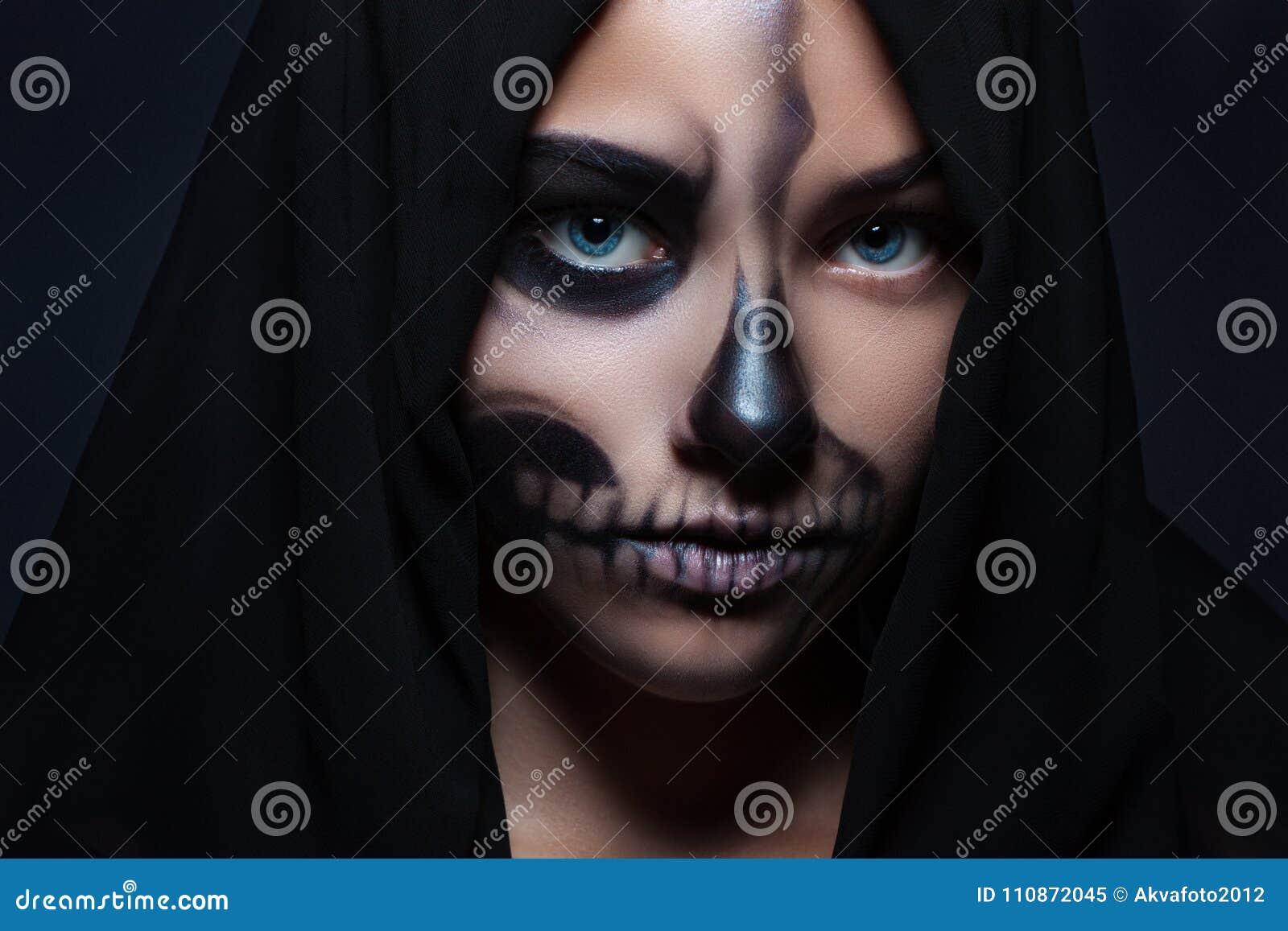 Halloween Porträt Eines Jungen Schönen Mädchens Mit Skeleton Make Up