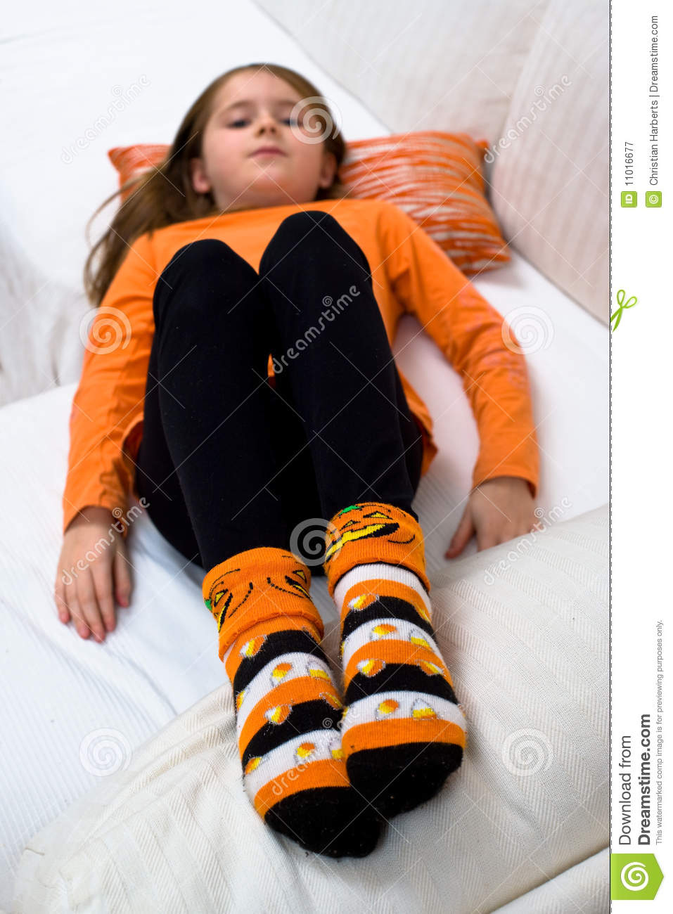 Hanes Girls' Socks. Hanes is the go-to brand for girls' socks and girls' tights. Cotton-rich, comfy and available in a variety of styles, including low cut, ankle, and crew, our girls' socks .