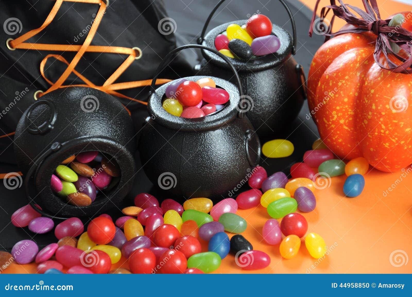 Halloween-Süßigkeit Herein Tragen Süßes Sonst Gibt\'s Saures ...