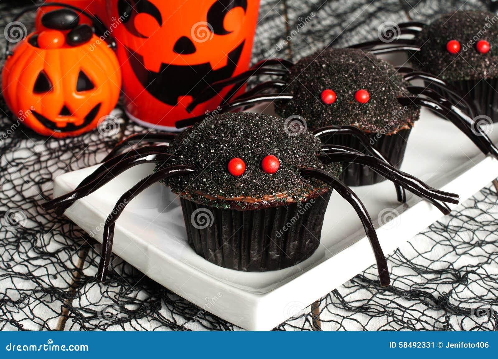 Halloween Spider Cupcakes With Decor Stock Photo - Image: 58492331