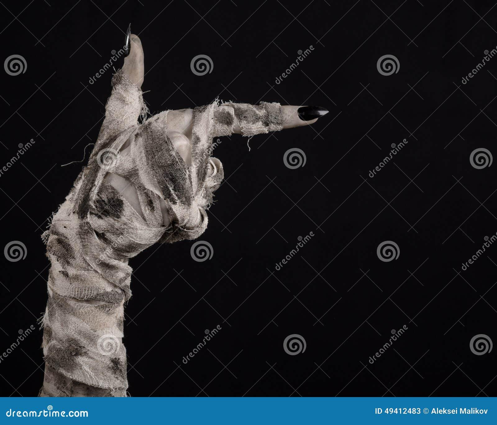 Download Halloween-Thema: Schreckliche Alte Mamahände Auf Einem Schwarzen Hintergrund Stockbild - Bild von mystiker, hände: 49412483