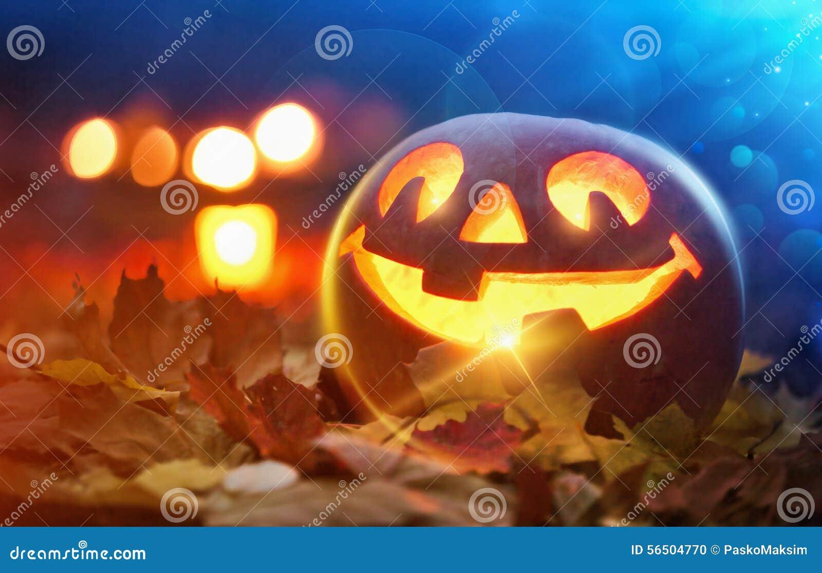 Halloweenowy Jack o lampion