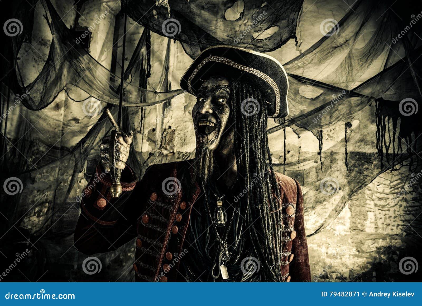 Halloweenowy pirat