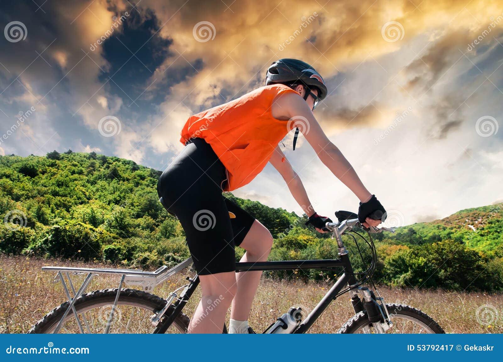 Halny rowerzysta