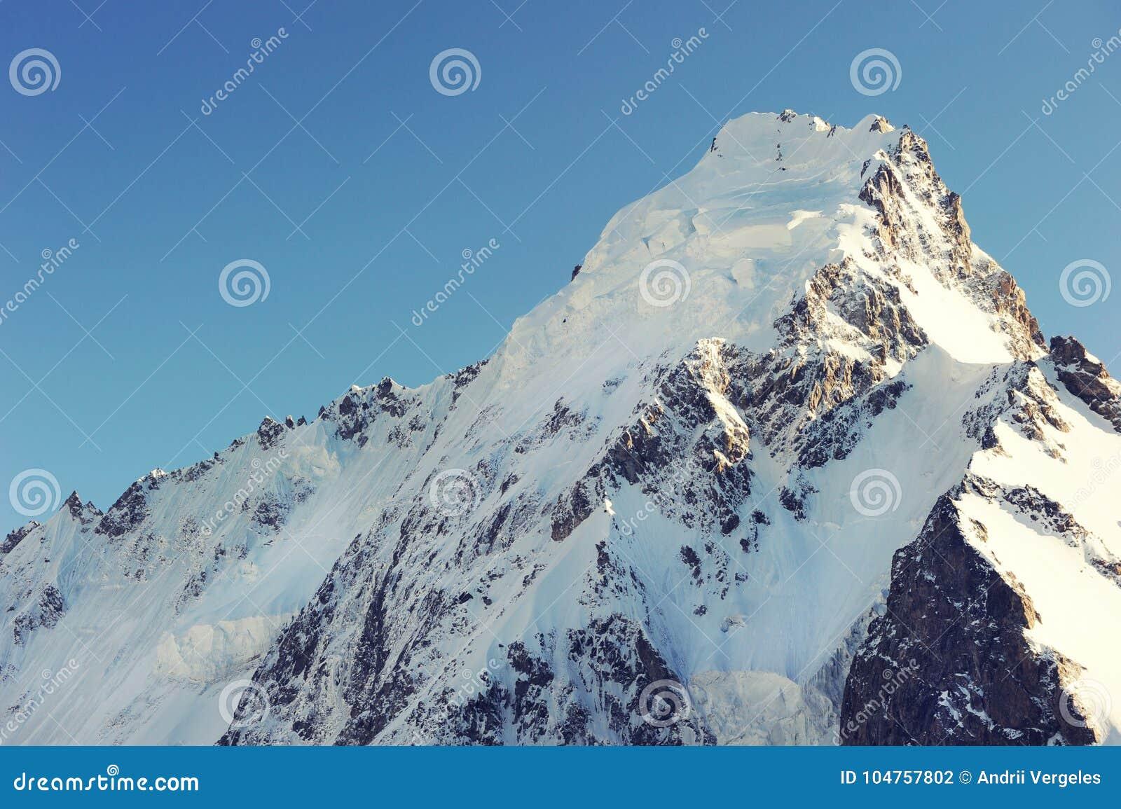 Halny szczyt w Nepal Wysoka góra w świacie obywatel