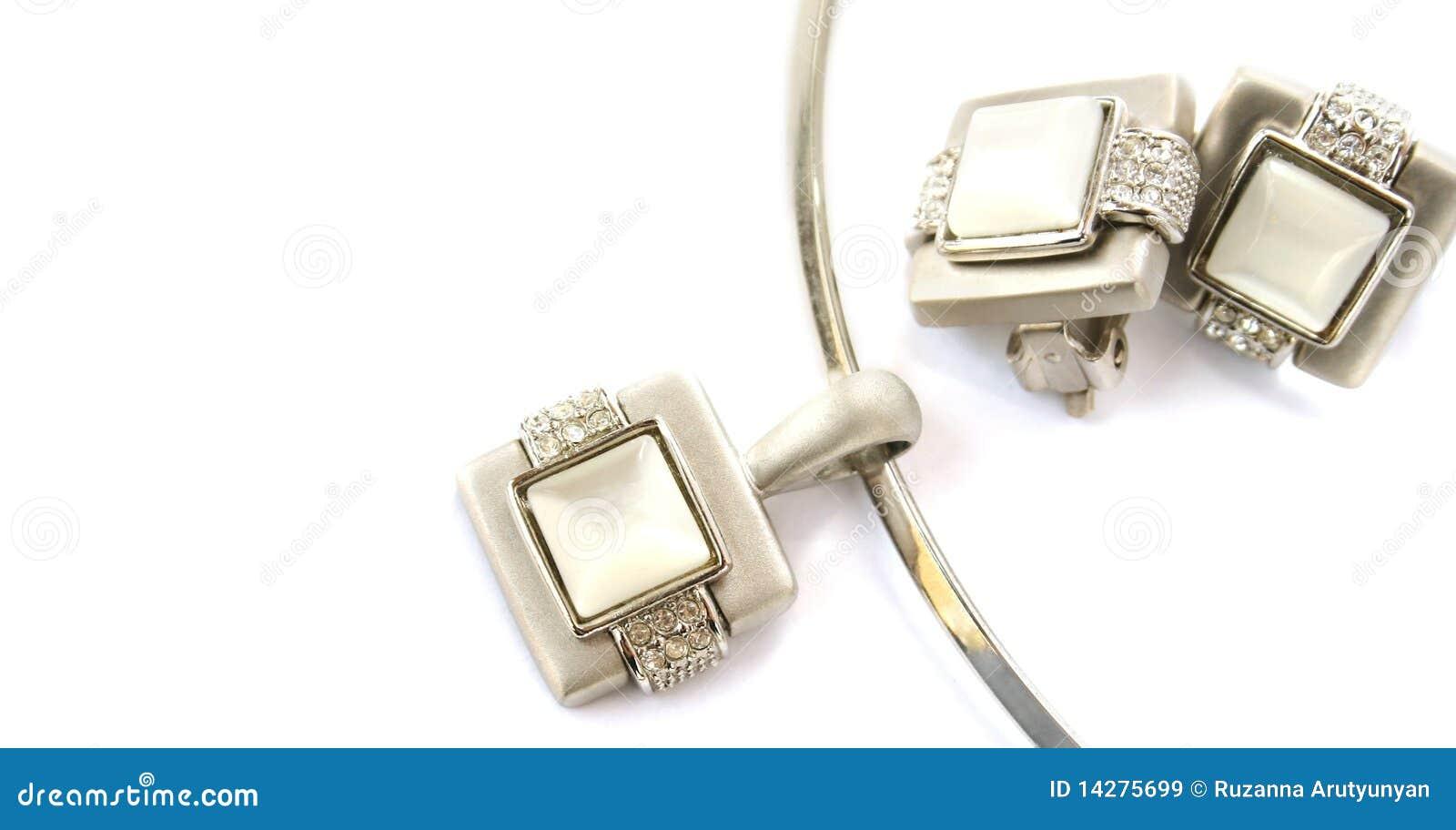 Halsband en klemmen