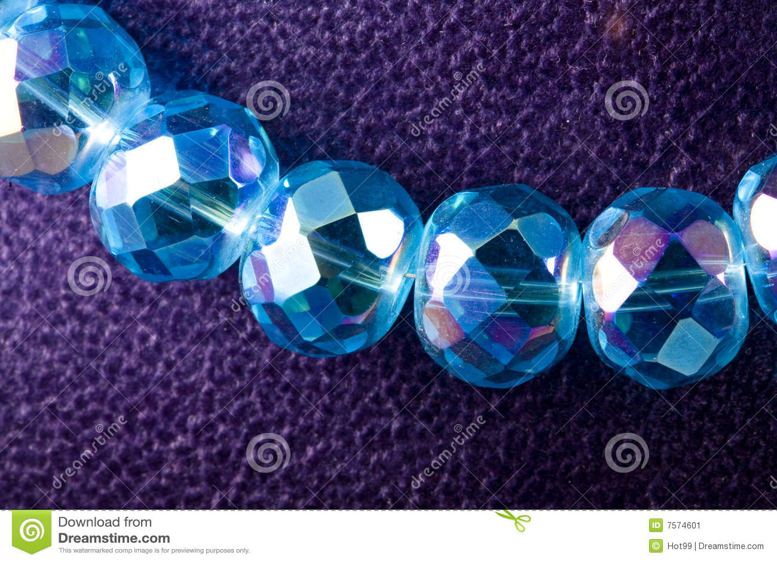 Halskette des Kristalles