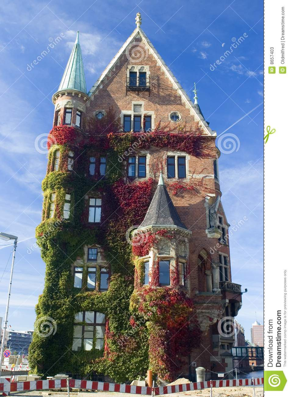 Hamburg Historic House In Fall Stock Image Image 8657403