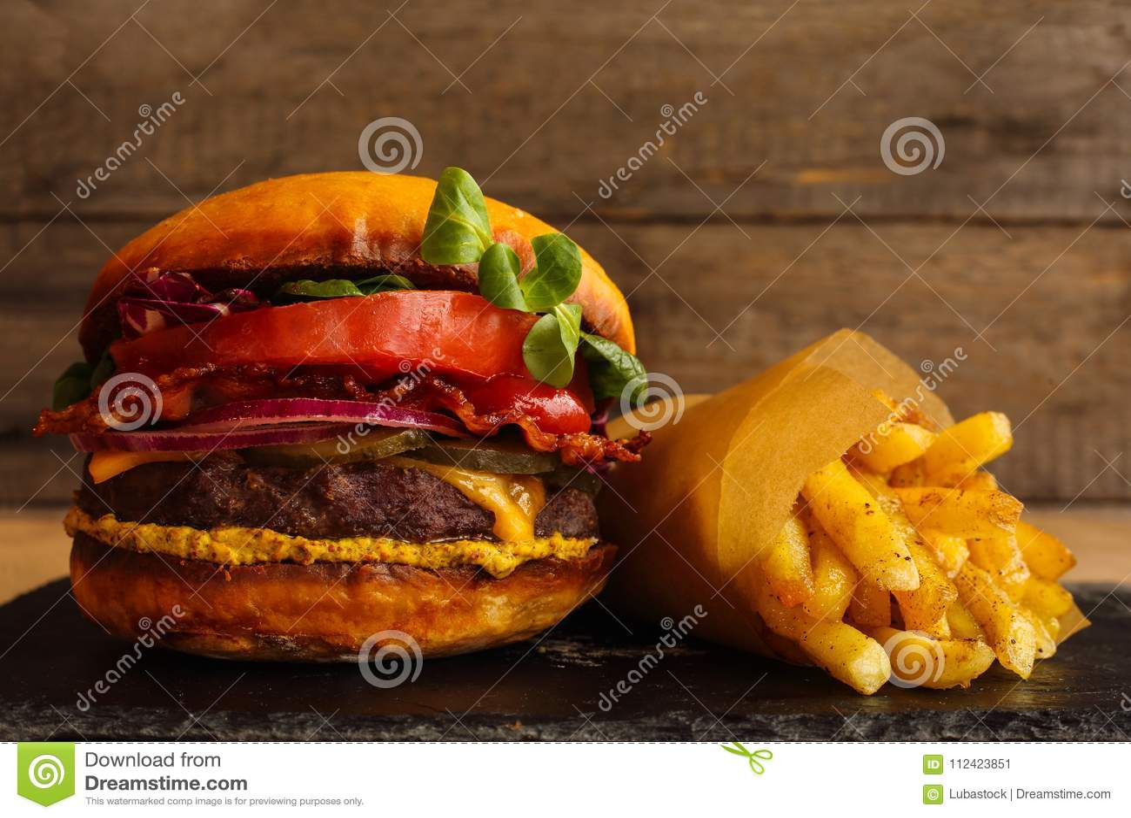 Hamburgerów i francuza dłoniaki