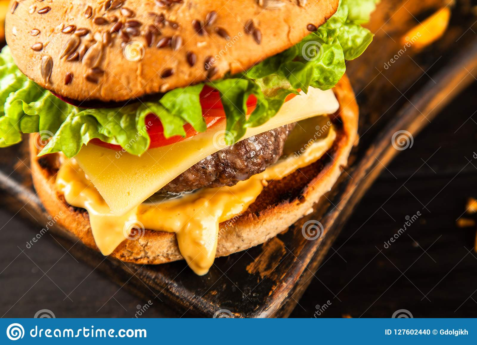 Hamburger arrostiti deliziosi