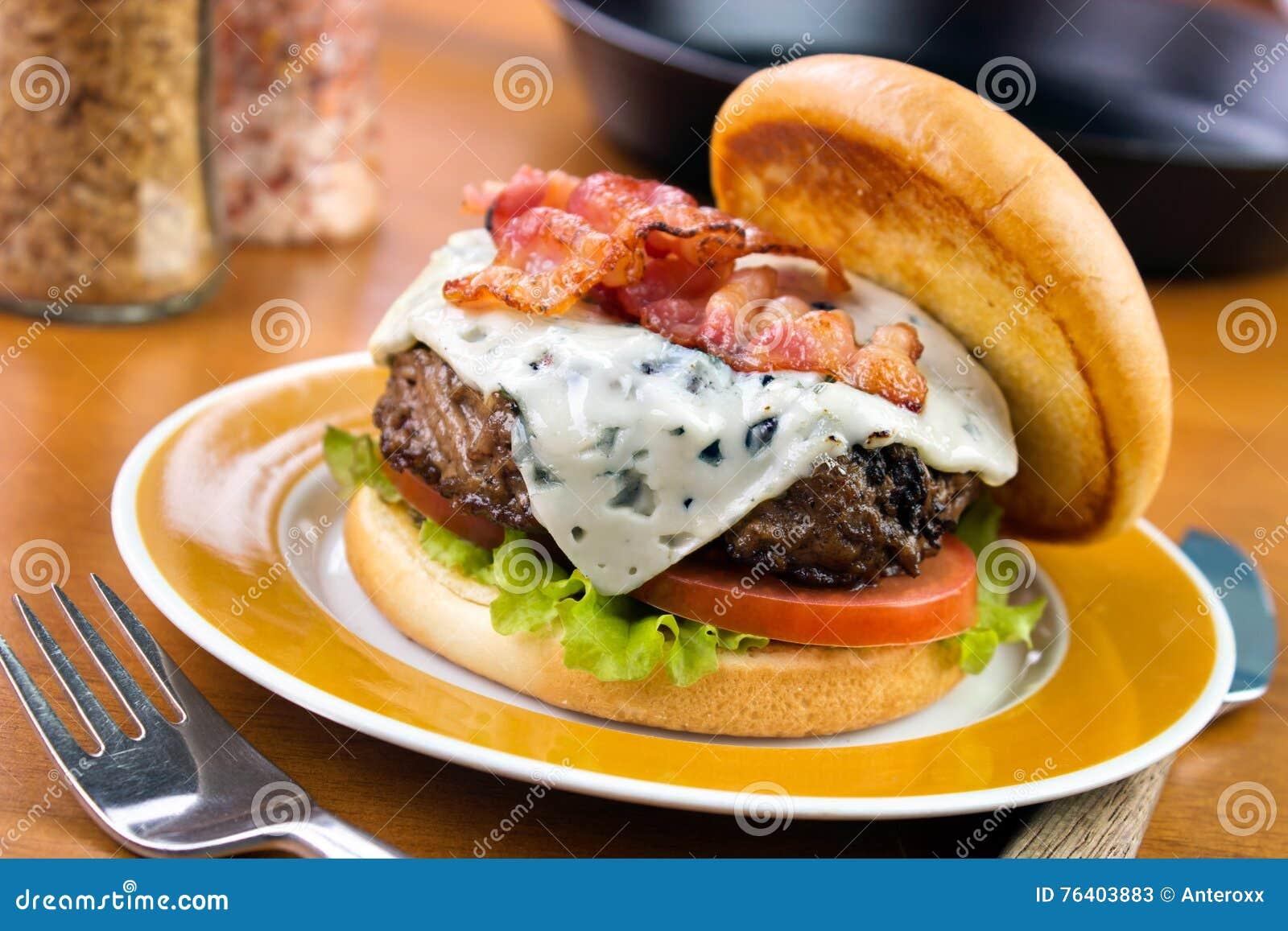 Hamburger de fromage bleu