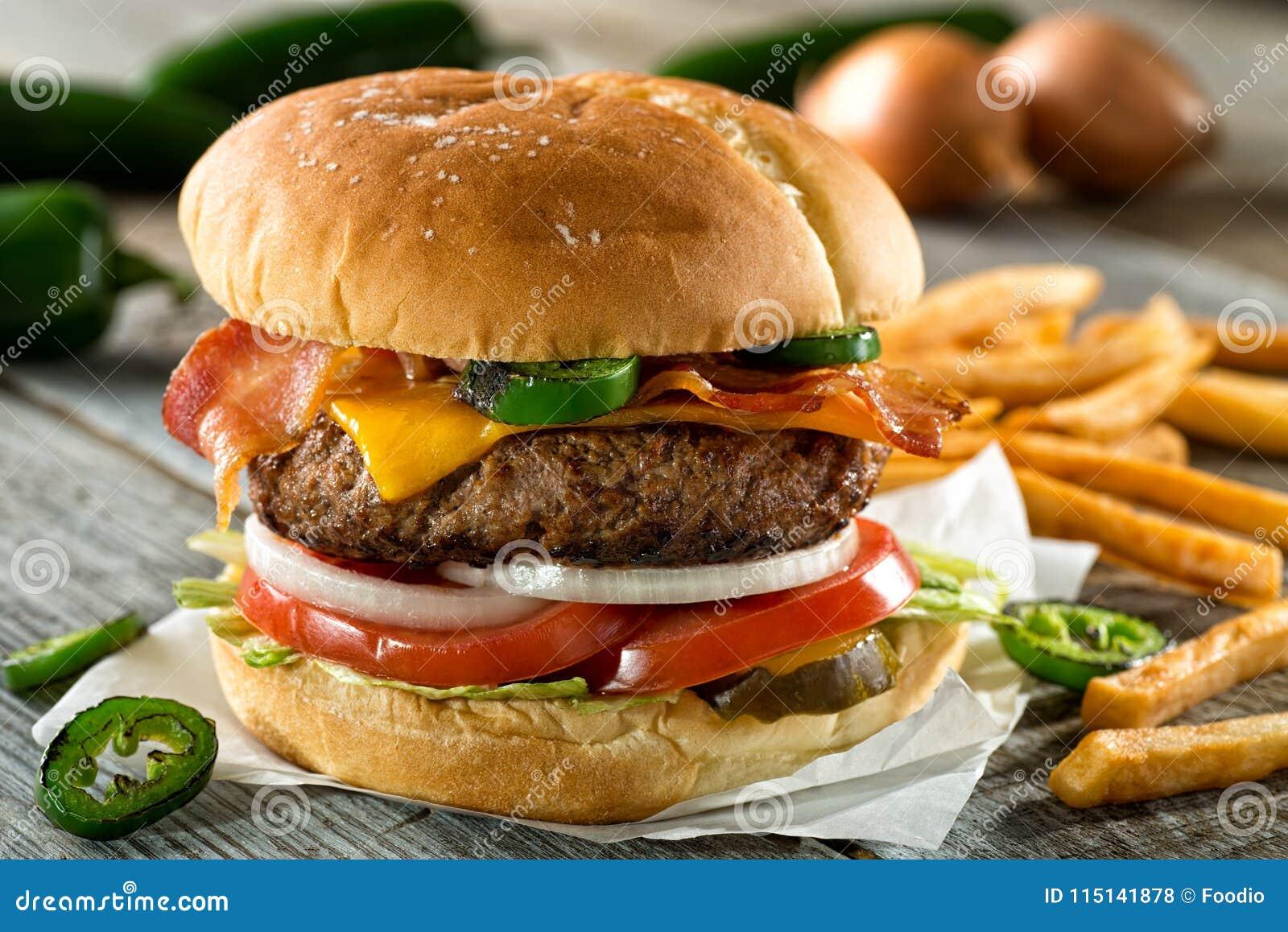Hamburger de Jalapeno de cheddar de lard