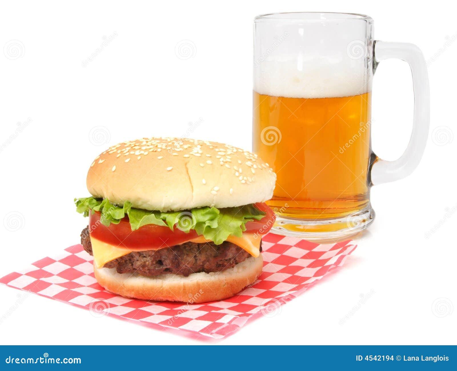 hamburger en bier stock afbeeldingen afbeelding 4542194. Black Bedroom Furniture Sets. Home Design Ideas
