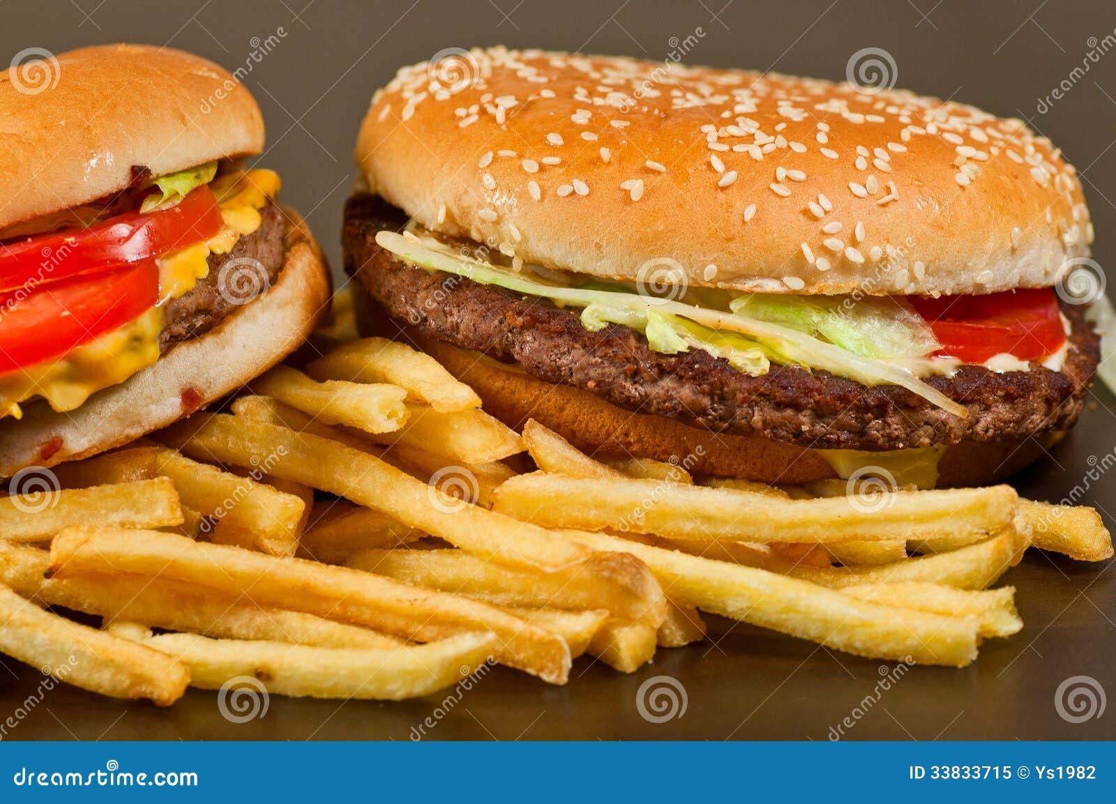 Hamburger figé et pommes frites d aliments de préparation rapide grand