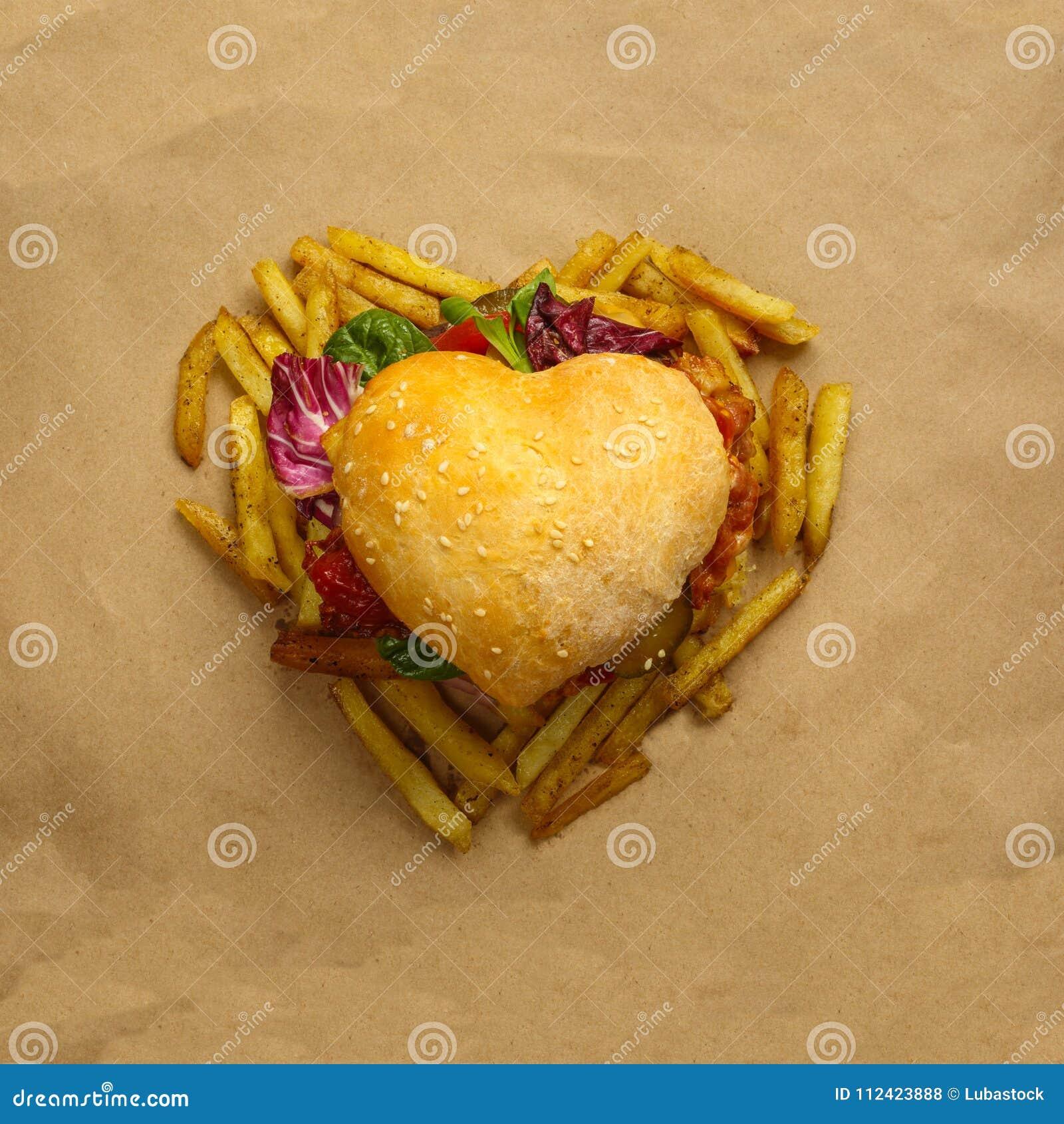 Hamburger a forma di del cuore
