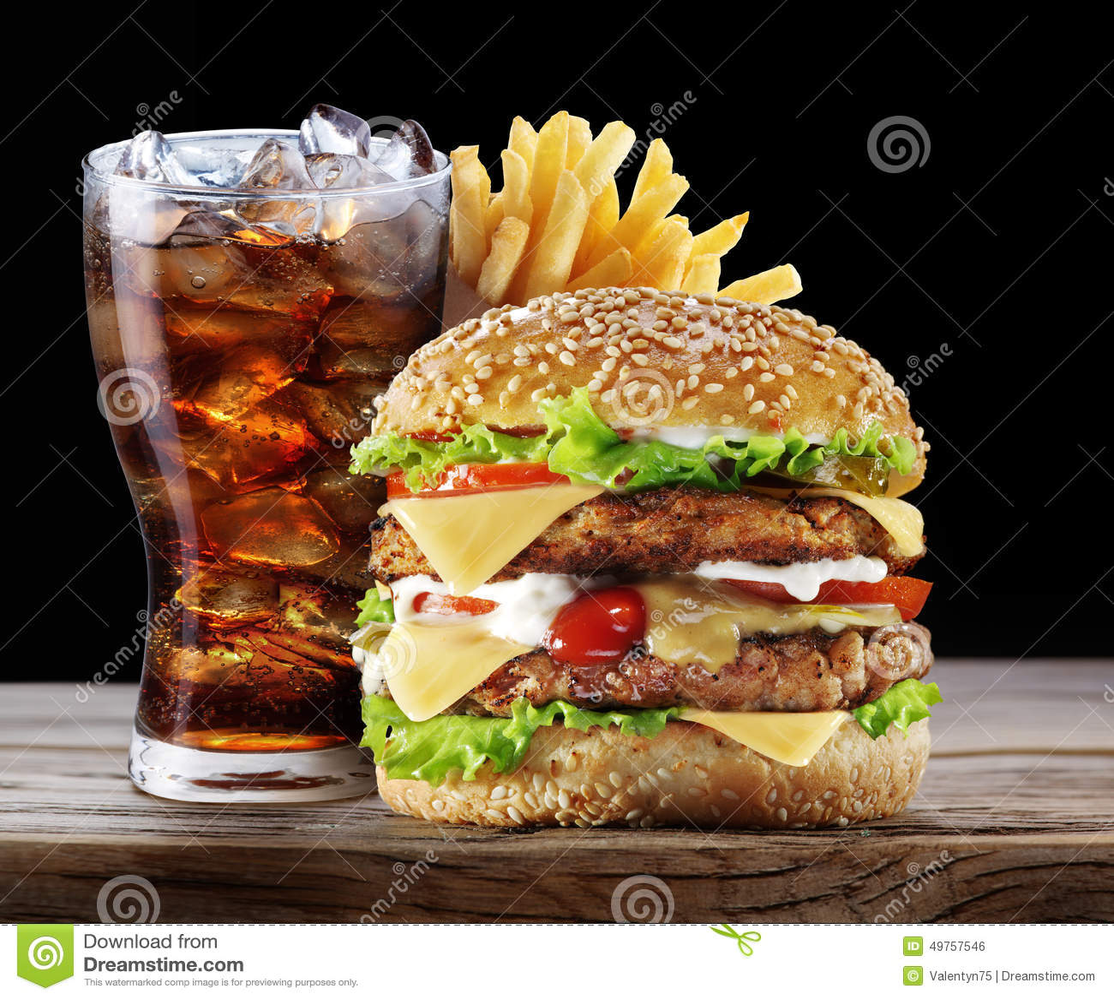 Hamburger, grula dłoniaki, kola napój