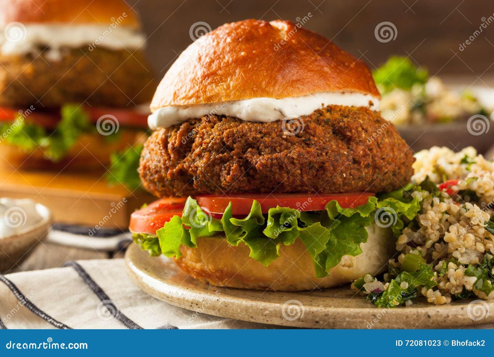 Hamburger méditerranéen fait maison de Falafel