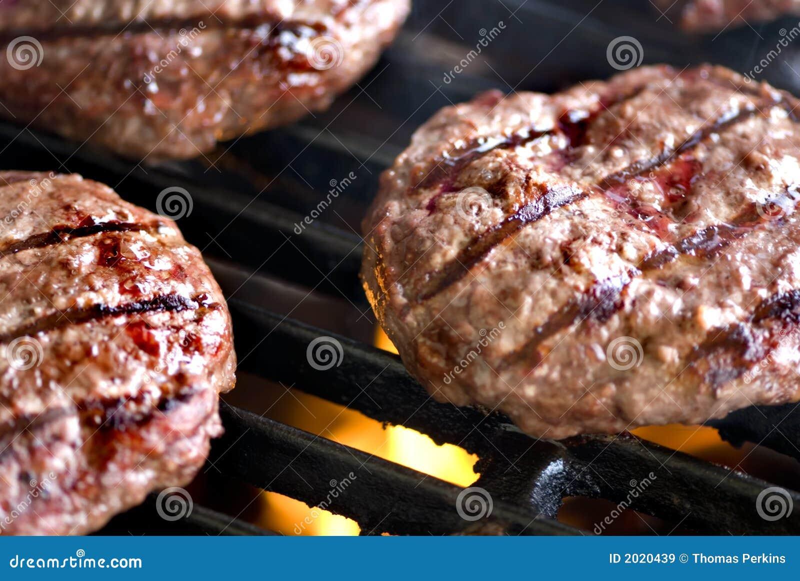 Hamburger Series (grilling burgers)