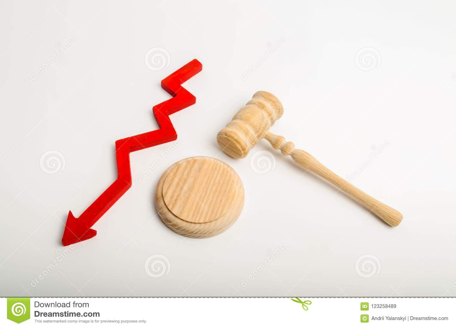 Hamer de rechter en de benedenpijl concept het verminderen van beroep tot hof Val van vrijspraken/overtuigingen Het wantrouwen va