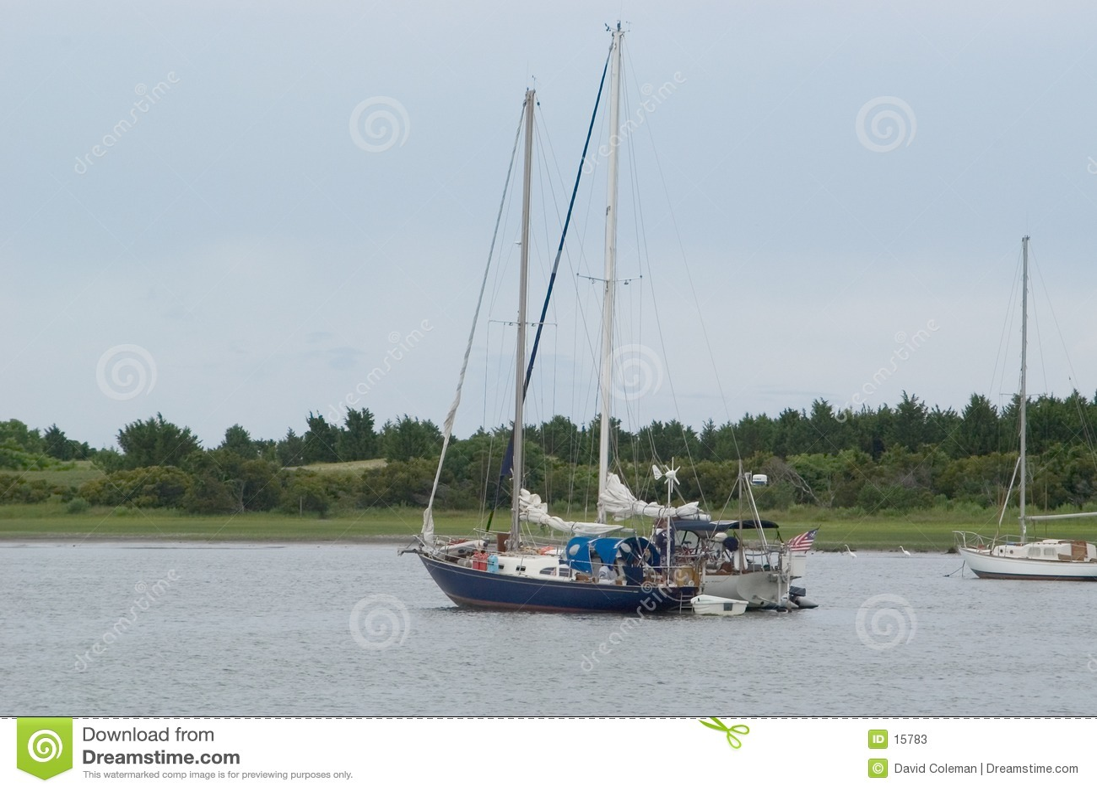 Hamnsegelbåtar två