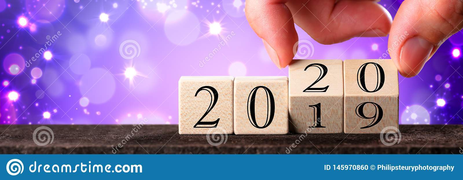 Hand Changing Date From 2019 To 2020