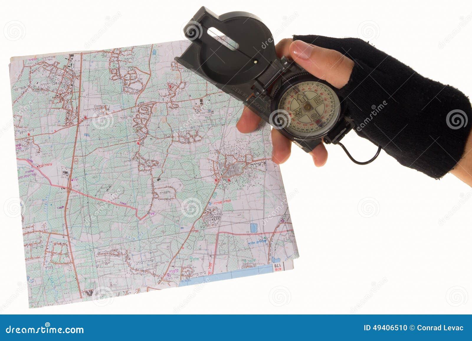 Download Hand, Die Einen Kompass über Einer Karte Hält Stockfoto - Bild von koordinaten, weiß: 49406510