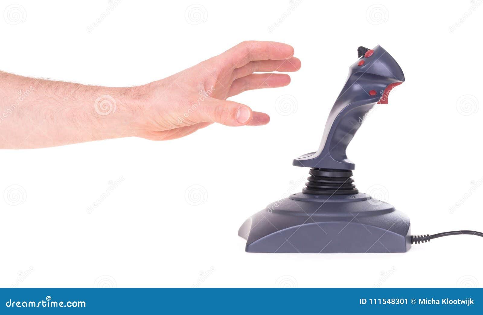 Hand, die Spielsteuerknüppel hält
