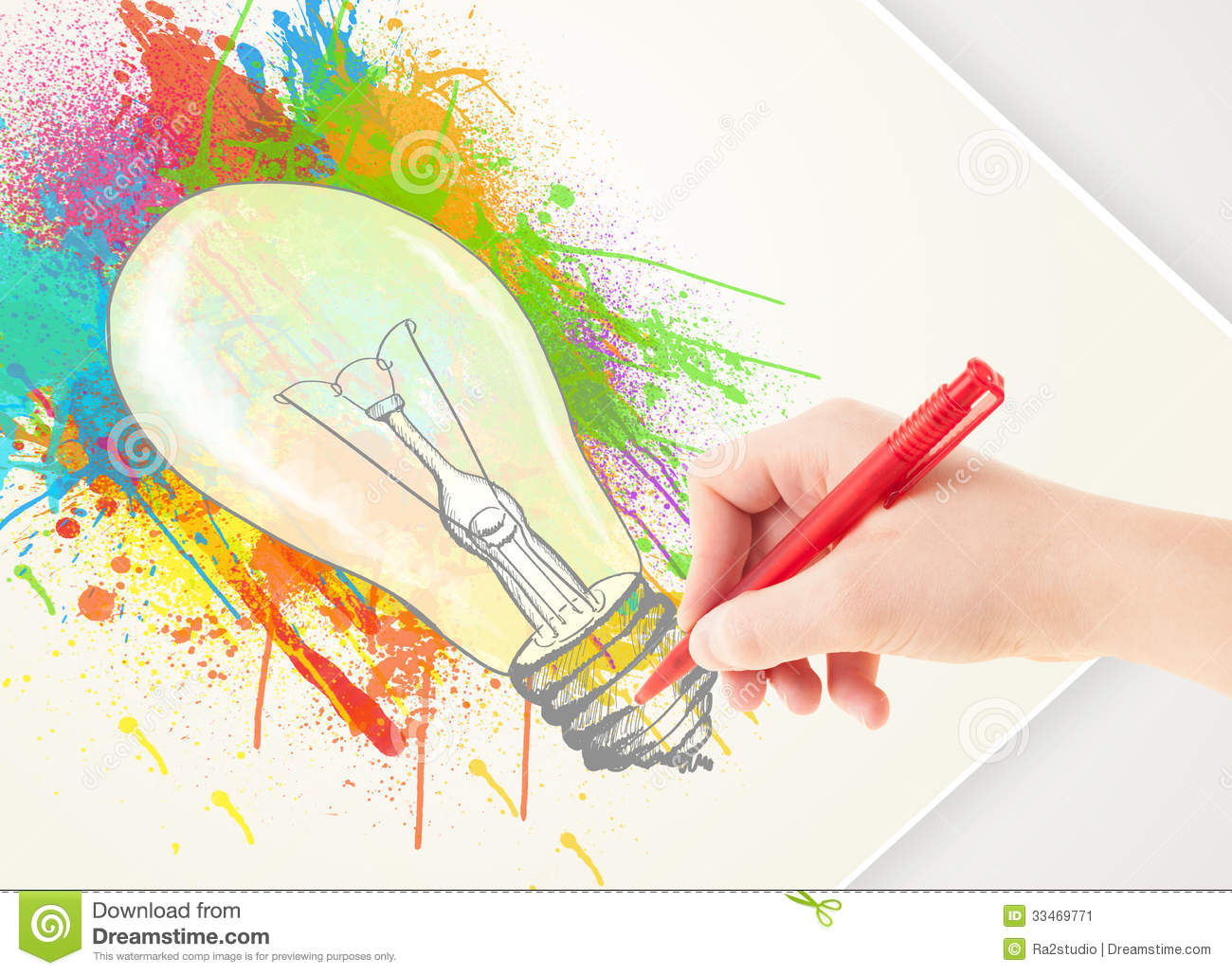 Hand Drawing Colorful Idea Light Bulb With A Pen Stock