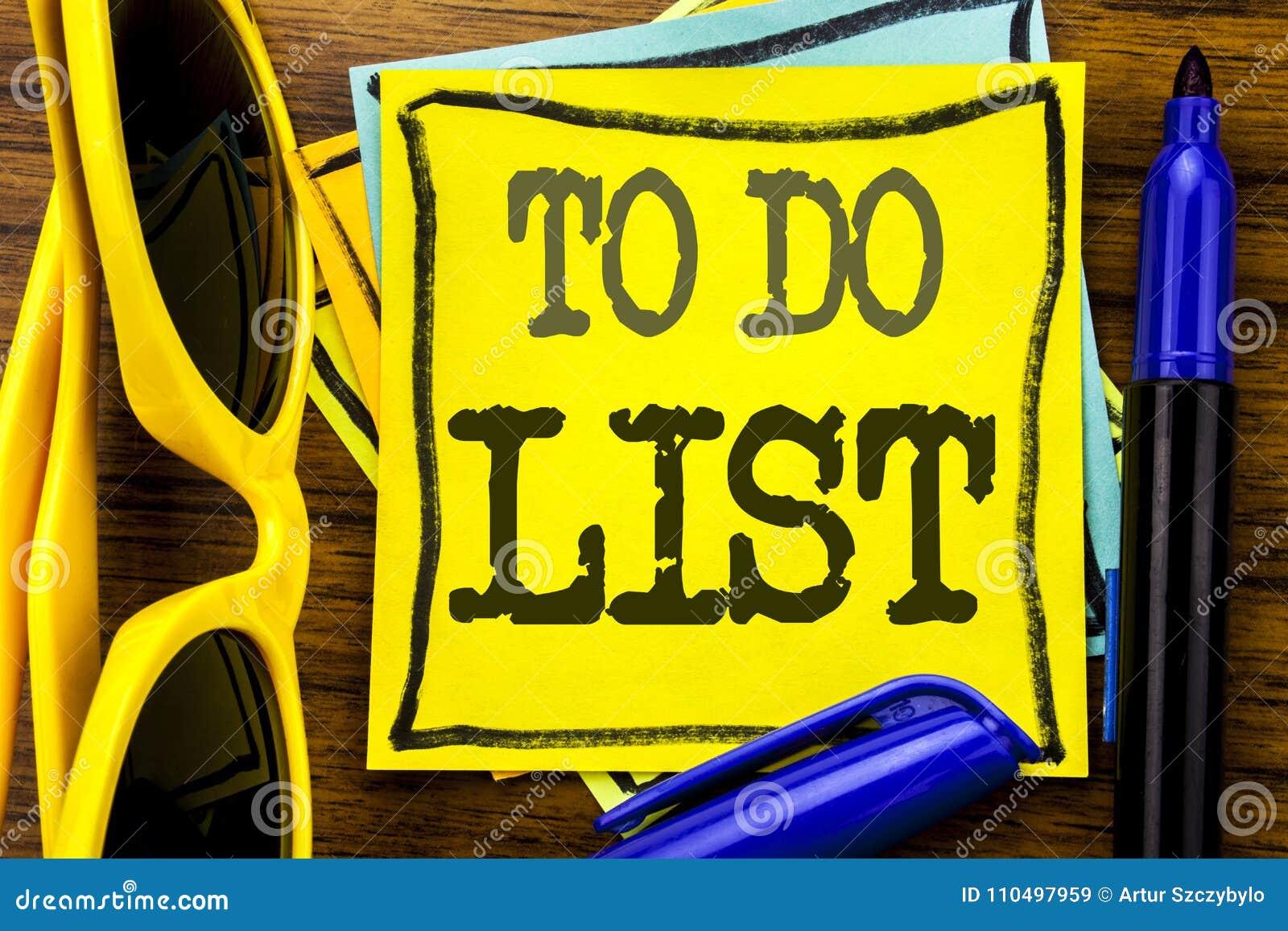 Hand het schrijven de inspiratie die van de teksttitel Lijst Bedrijfsconcept voor Plan tonen te doen maakt een lijst van Remider